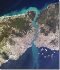Istambul_and_Bosporus_big